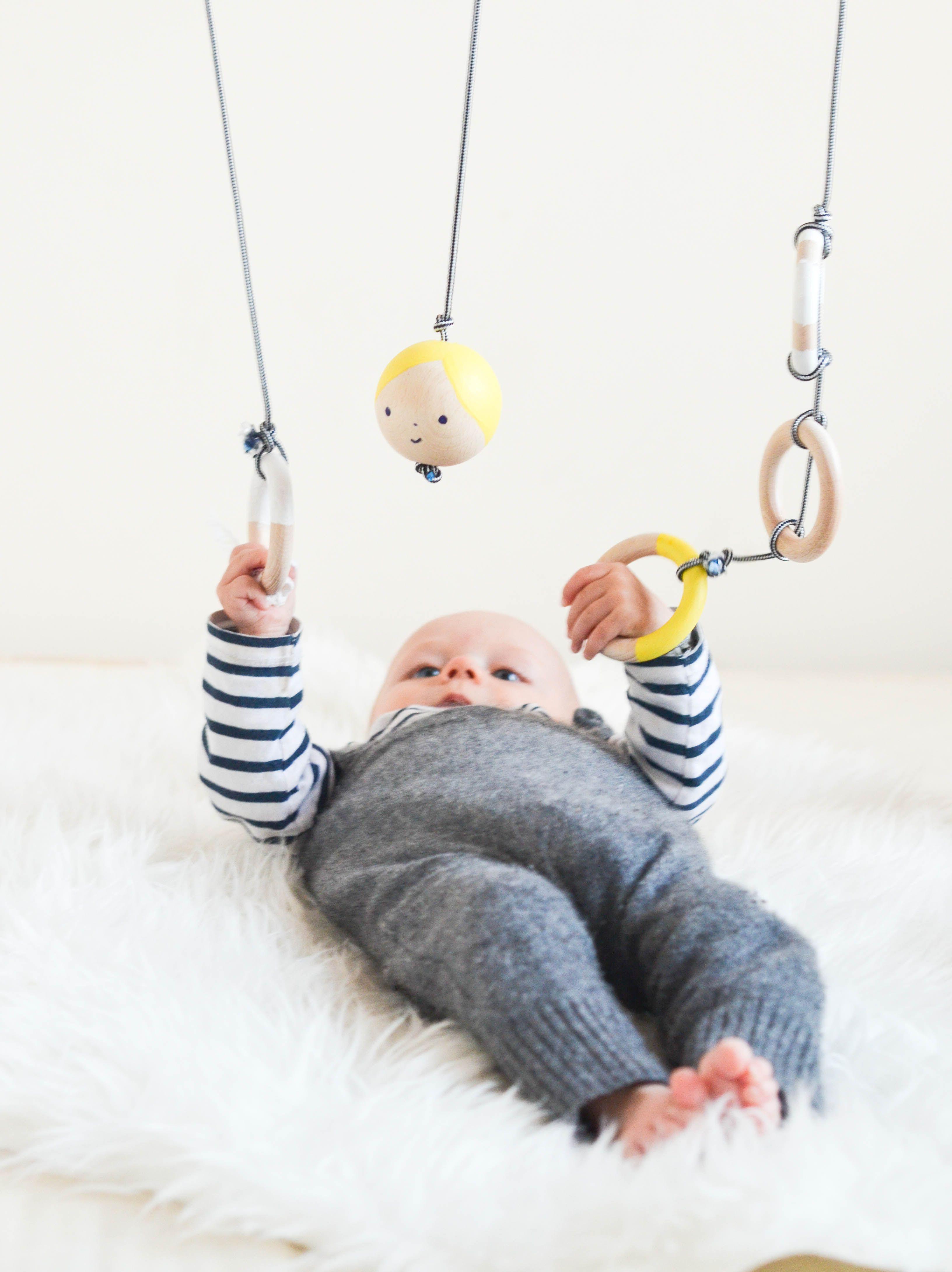 die besten 25 spielbogen baby ideen auf pinterest baby. Black Bedroom Furniture Sets. Home Design Ideas