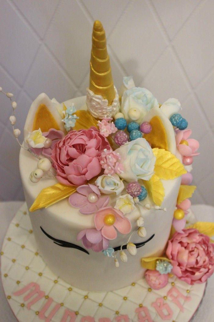 Einhorn Torte Mit Blumen Dekorieren