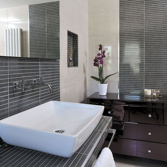 Modern bathroom with grey pinstripe effect tiles for Ideal home bathroom ideas