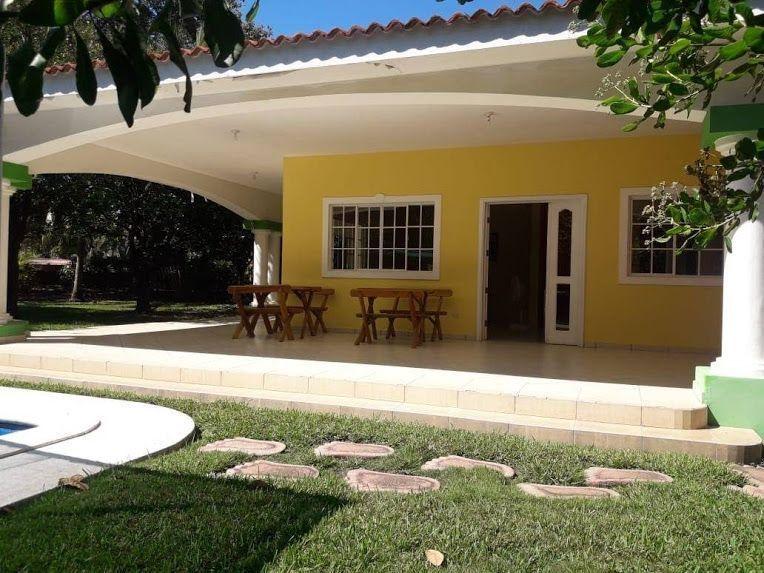 En venta preciosa casa de playa con 580 V2 ubicada en