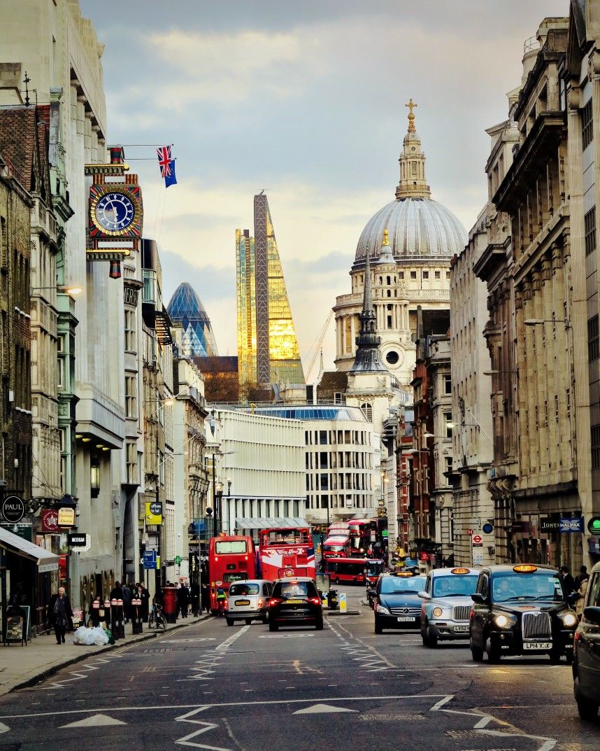 Door to door transfers to Central London hotels from Heathrow airport. #UK #London & Door to door transfers to Central London hotels from Heathrow ...