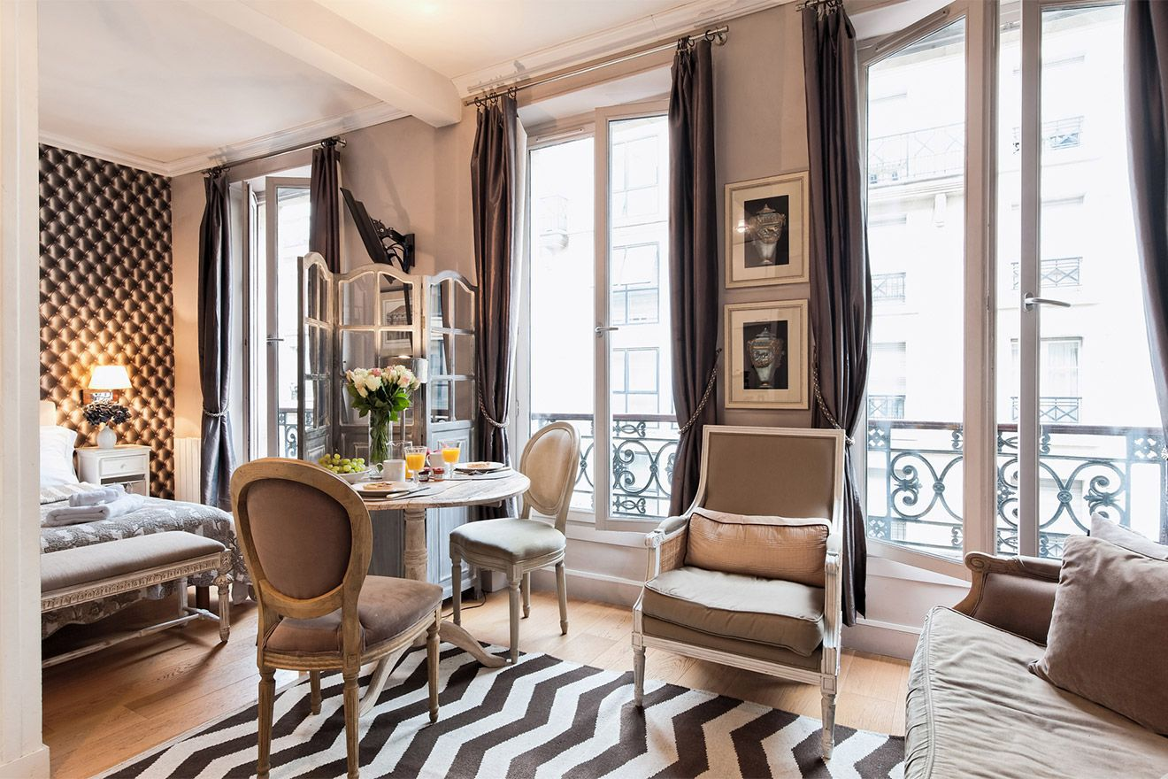 Discover The Fashionable Saint Germain Neighborhood At This Stylish Studio Vacation Rental In 6th Arrondist