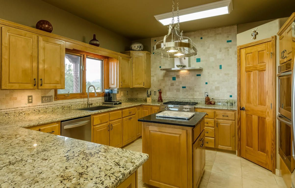 Gorgeous Kitchen In This Amazing Sandia Park Home Gorgeous Kitchens Kitchen Home