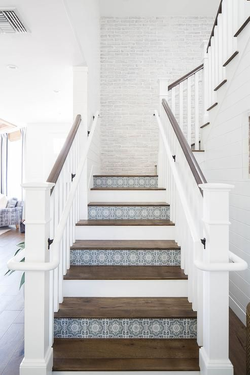 Staircase Styles: What You Need to Know to Step it Up - Decor Steals Blog