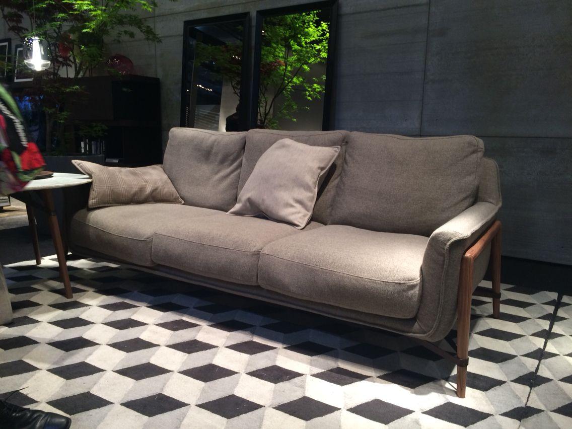 Natuzzi Mobili ~ Dal salone del mobile bellissimo divano natuzzi object