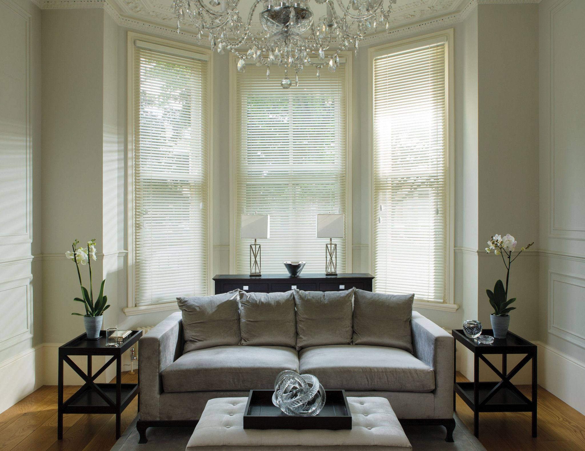 Stunning Venetian Blinds For Home Interior Design Ideas Wonderful Living Room With