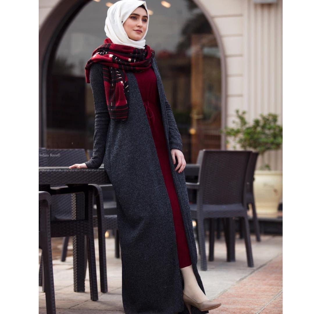 صوره من هل ستايل ملاحضه بينسل الجوه بشت يكون بي قصر كلش قليل لذالك لابسه جواريب بيجيه ثخينه طبعا عشقت الوان Style Inspiration Fashion Hijab Fashion