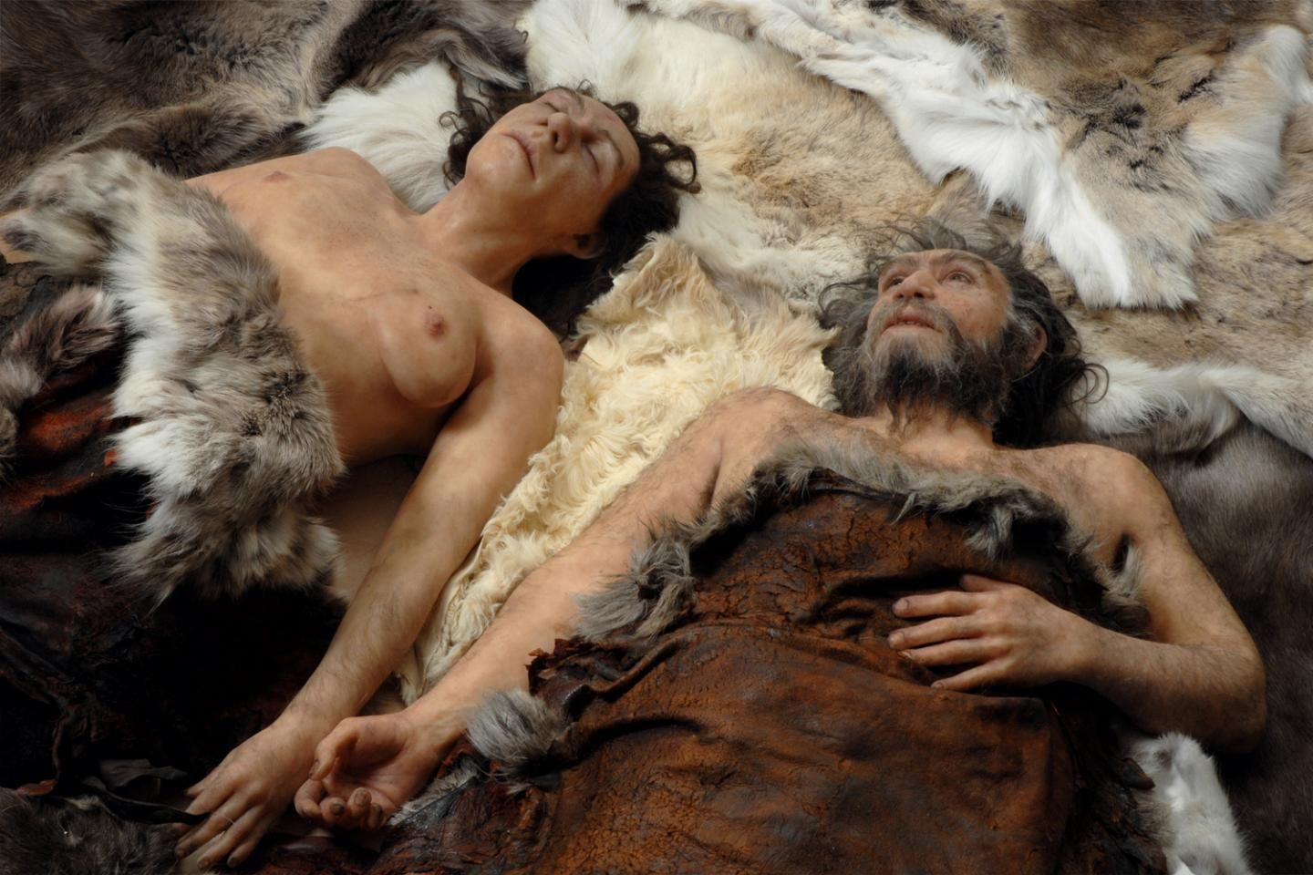 dating between modern humans and neanderthals