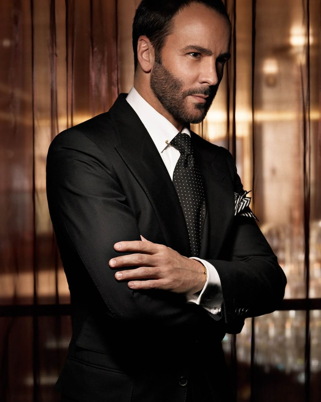 Tom Ford uses a collar pin and monochromatic patterns on a ...