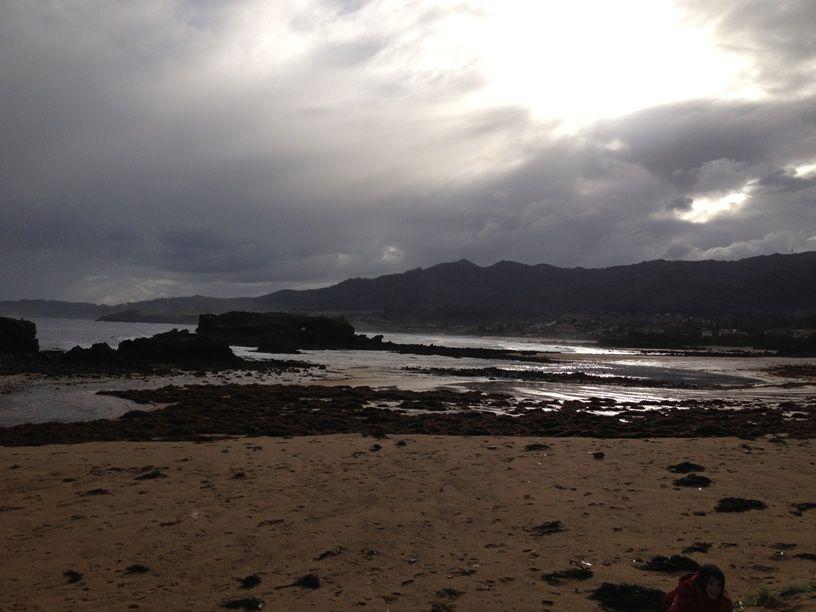 Playa de la Isla en Colunga, Asturias #turismo #Asturiasven. Ruta con #Trekkapp