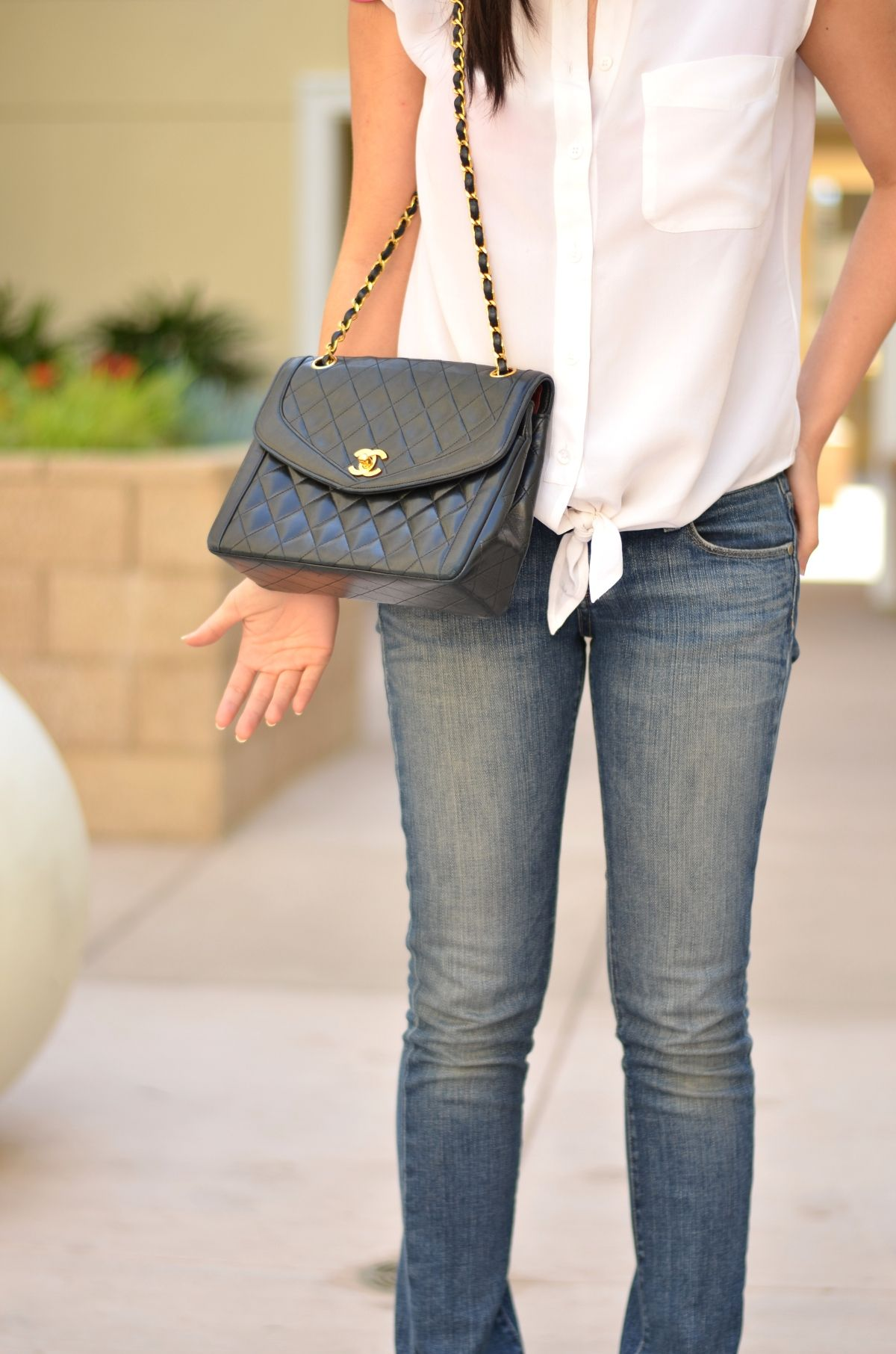 Classic black quilted Chanel lambskin bag Chanel flap