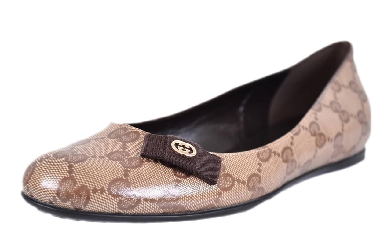 5c916b7646424b Gucci Ebony Beige New 317040 Crystal Canvas Gg Ballerina 37.5 7.5 Flats.  Get the must-have flats of this season! These Gucci Ebony Beige New 317040  Crystal ...