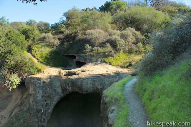Vanalden Cave in the Santa Monica Mountains | Santa monica ...