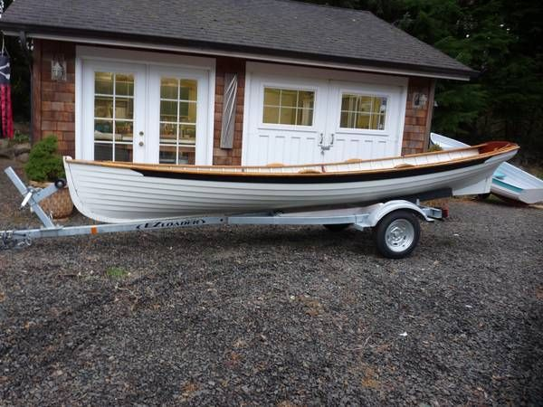 17' wooden Whitehall rowing boat. Built 1993 in Seattle by