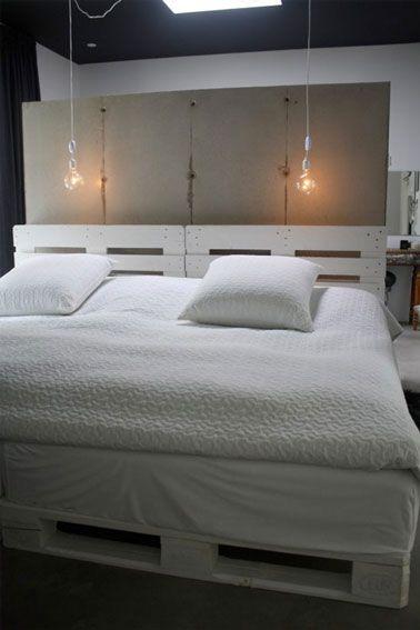 34 id es de lit en palette bois faire pour la chambre sommier en palette palettes peintes. Black Bedroom Furniture Sets. Home Design Ideas