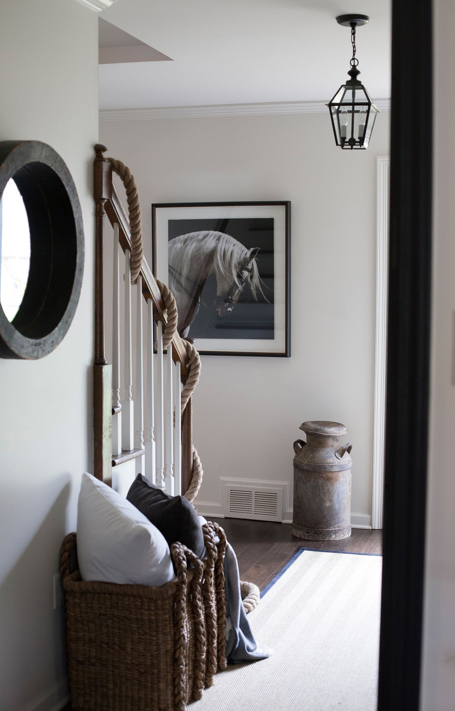 33 Stairway Gallery Wall Ideas To Get You Inspired: 27 Stylish Staircase Decorating Ideas