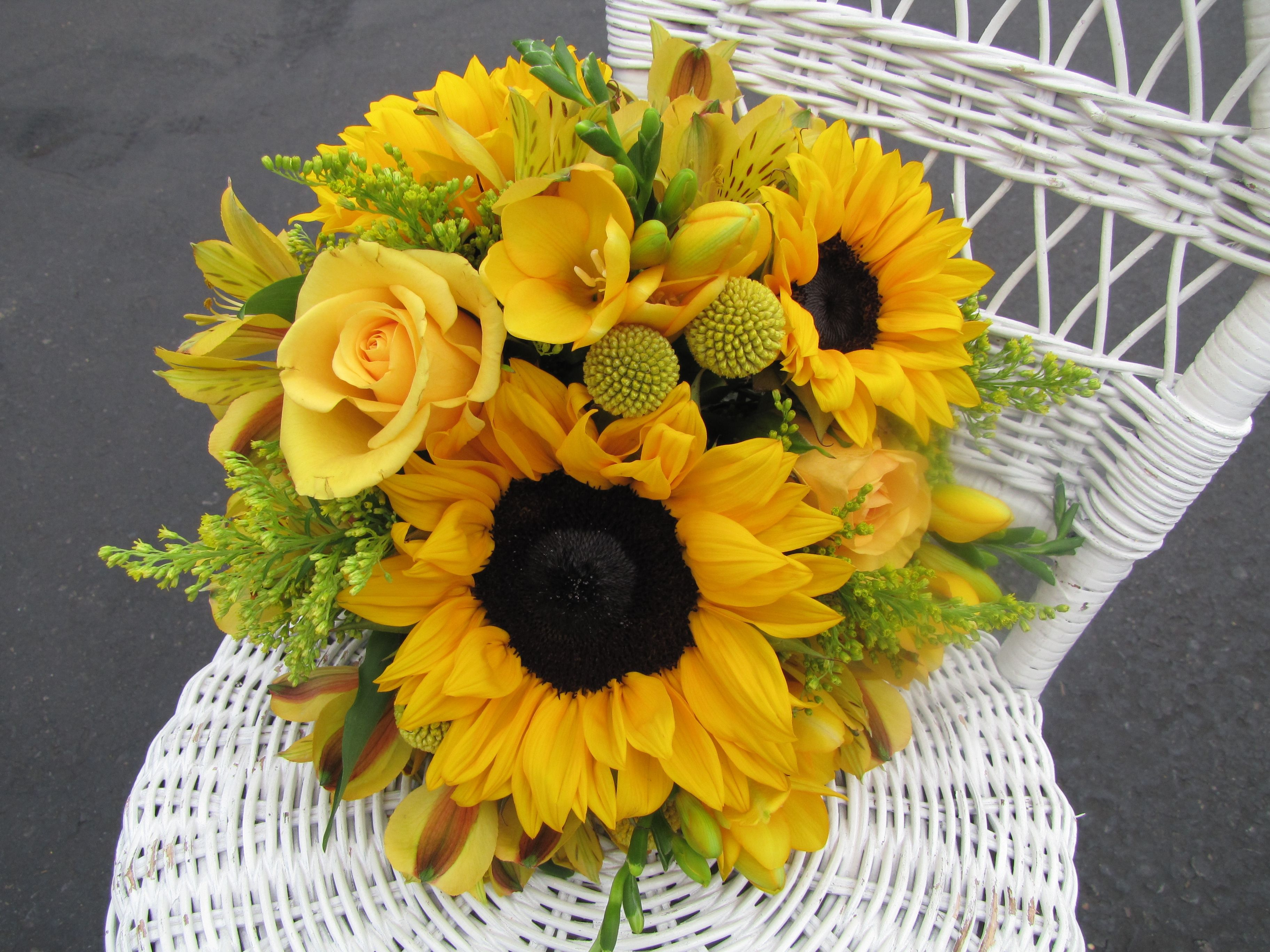 Solid yellow flower bouquets sunflowers freesia roses billy solid yellow flower bouquets sunflowers freesia roses billy balls alstromeria and dhlflorist Gallery