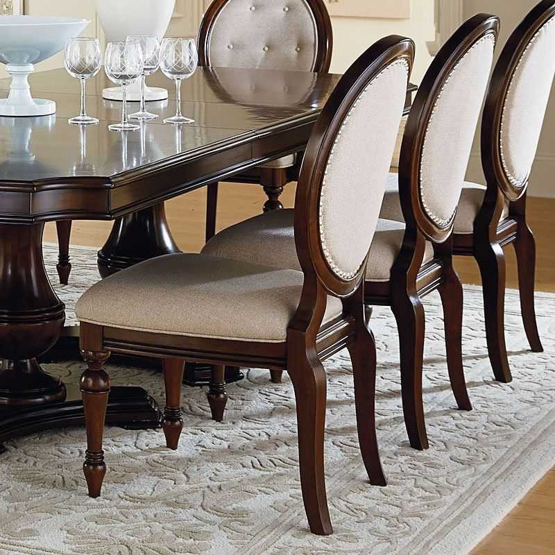 Dining Room Table Decor, Grand Designs By Standard Furniture