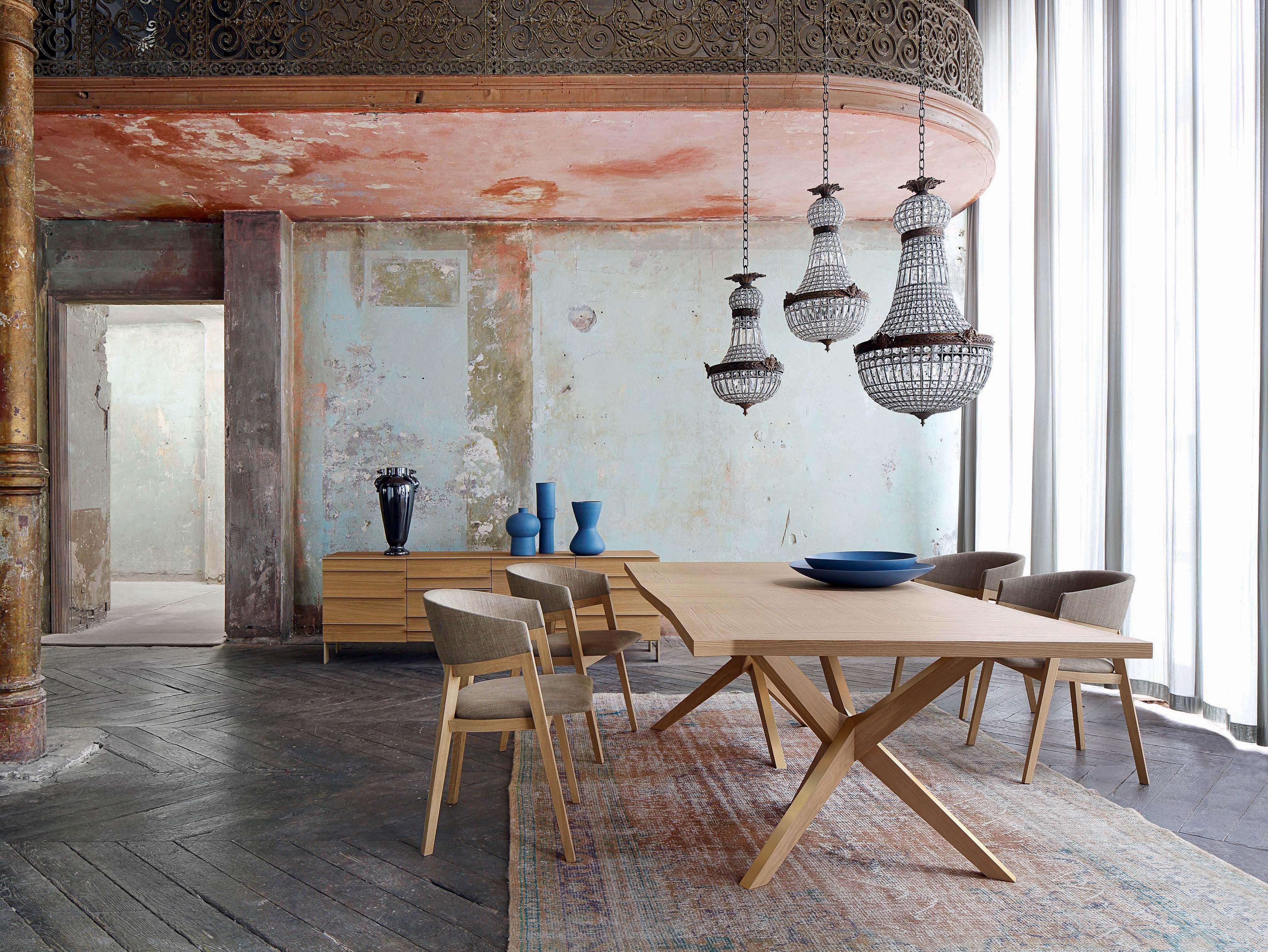 Roche Bobois Jane Dining Table Design Christophe Delcourt Rochebobois Diningt Table A Manger Contemporaine Salle A Manger Moderne Table A Manger En Chene