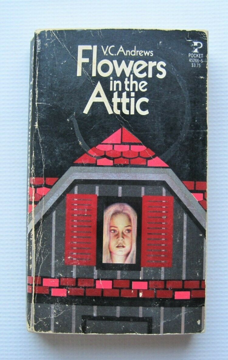 1979 First Printing Flowers In The Attic By V C Andrews Paperback In 2020 Flowers In The Attic Flowers Mass Market