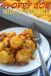 This sloppy joe tater tot casserole is a favorite with my kids! It's less messy ...   - Dinner Ideas - #Casserole #Dinner #favorite #ideas #Joe #Kids #messy #Sloppy #Tater #Tot #homemadesloppyjoes