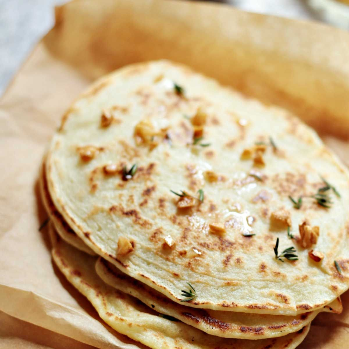 Paleo Garlic Naan Bread (Quick and Easy Recipe)