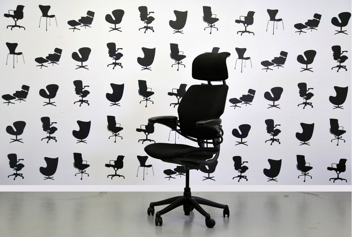 Black and Chrome Meda Refurbished Vitra Conference Chair