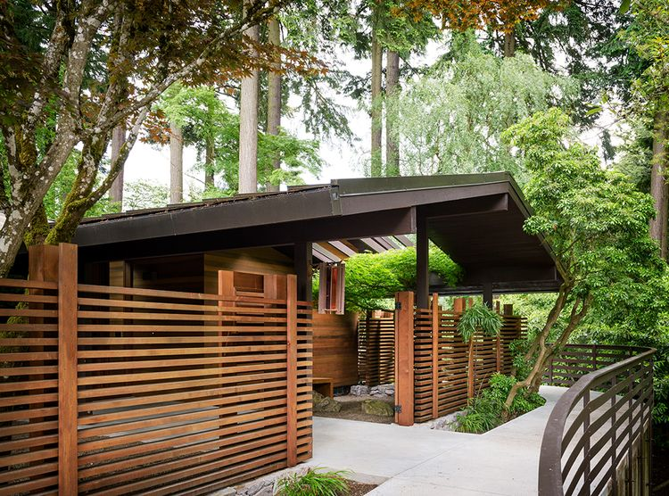 Midcentury Modern House Exterior With Modern Fence Idea Portland