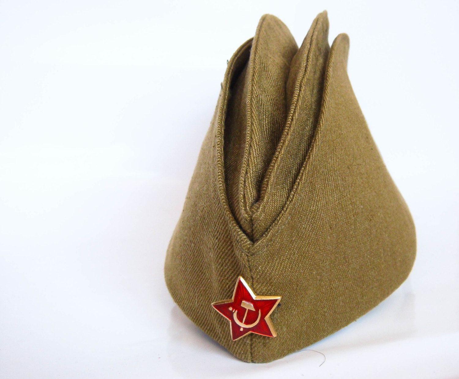 ba2c23b552741 Pin by Lydia on 1970s | Army hat, Russian hat, Military