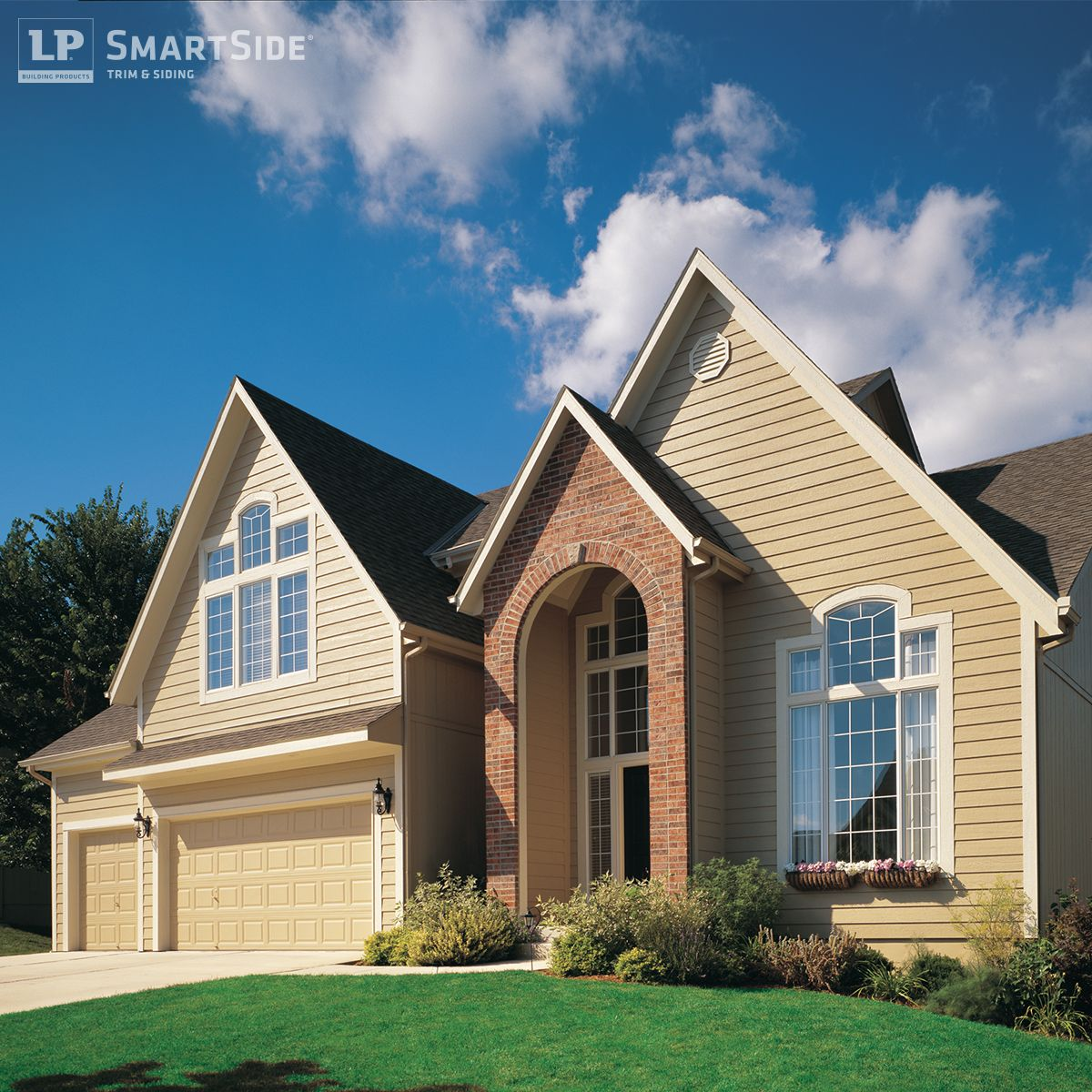 LP SmartSide Lap Siding, Trim And Fascia Help Give This