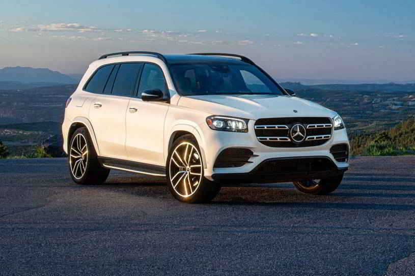 مرسيدس بنز Gls كلاس 2020 الجديدة المعاد تصميمها تصنف في فئة سيارات الدفع الرباعي الكبيرة الفاخرة يتخطى منافسيه عندما يتعلق الأمر بالأداء In 2020 Sport Cars Car Suv Car