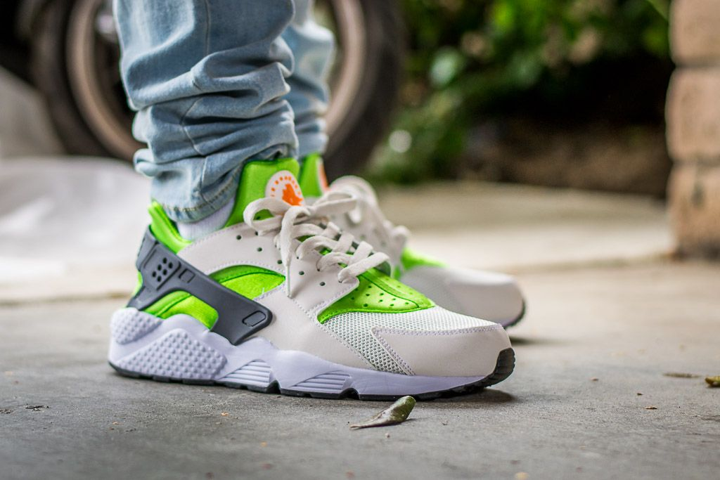 932e382a494f9 ... reduced wdiwt see my on foot video review of these nike air huarache  action green 2604d