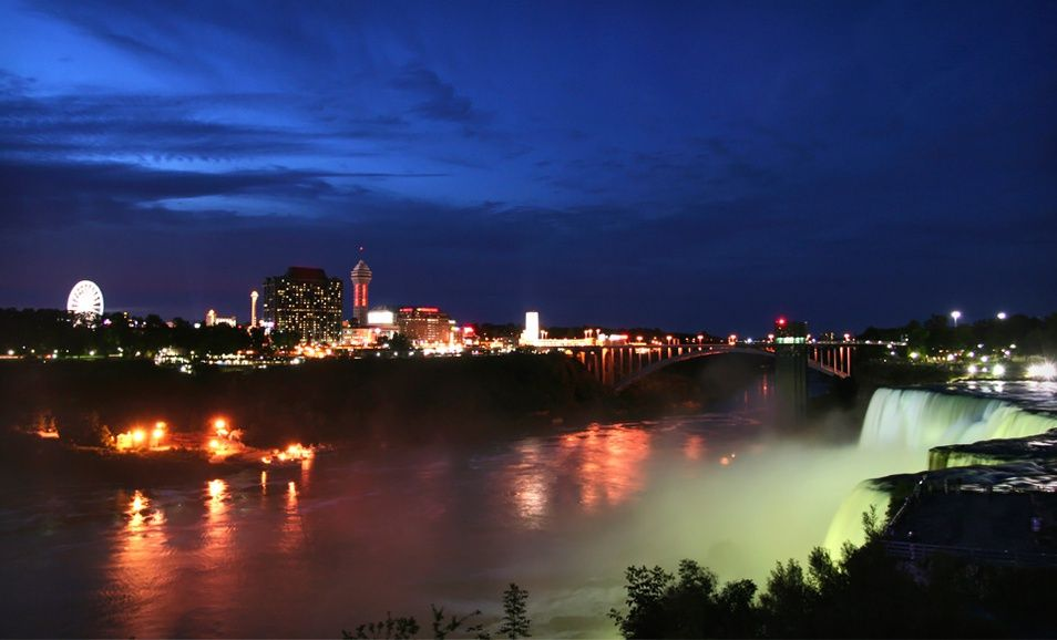 Stay At Best Western Fallsview Hotel In Niagara Falls On Niagara Falls Stay The Night Best Western
