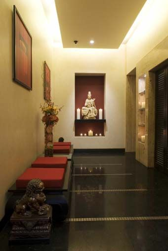 Interior design for home lobby google search flowers for Foyer designs india