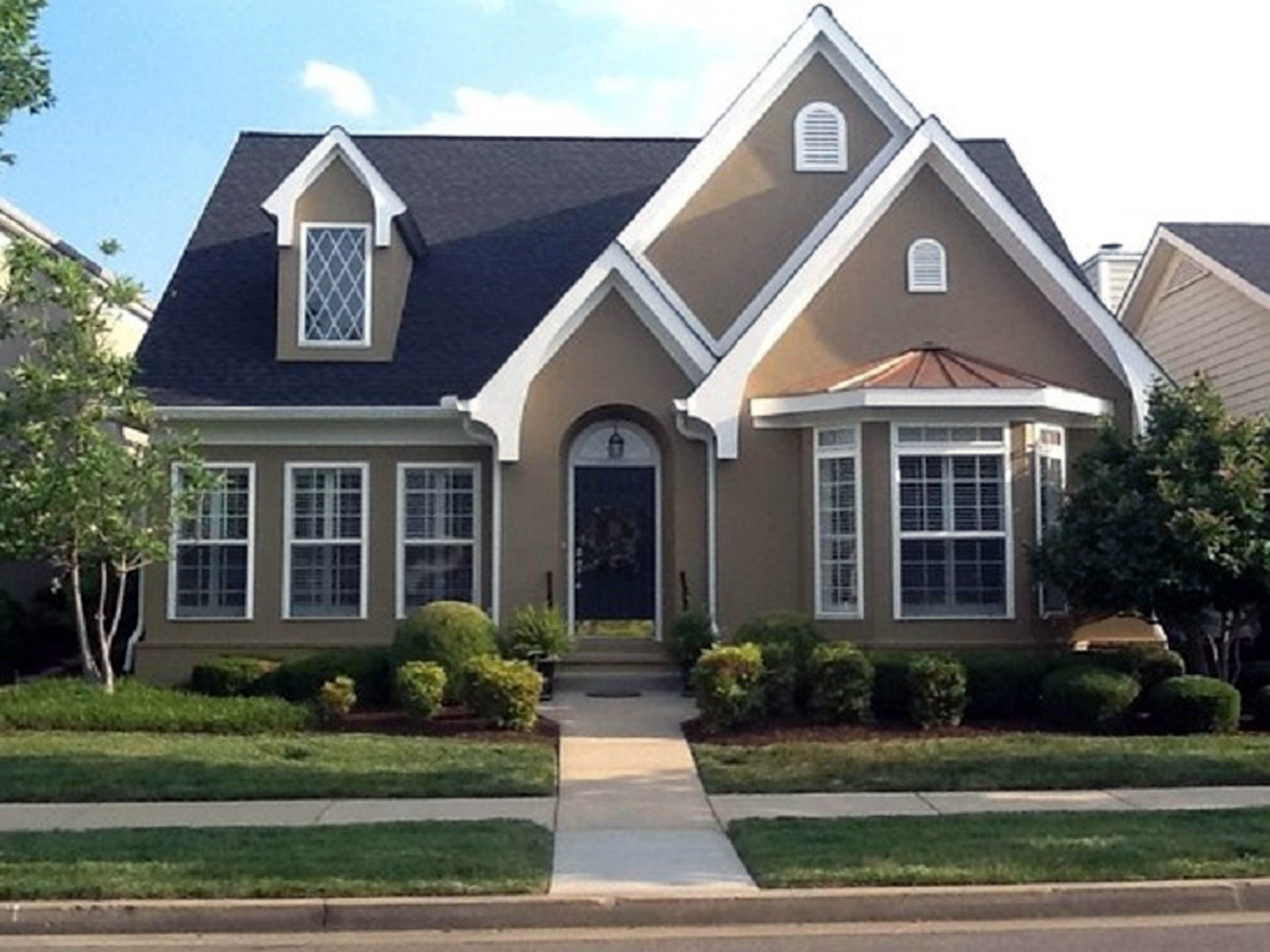 Exterior paint colors for homes delightful stucco paint - Florida home exterior paint colors ...