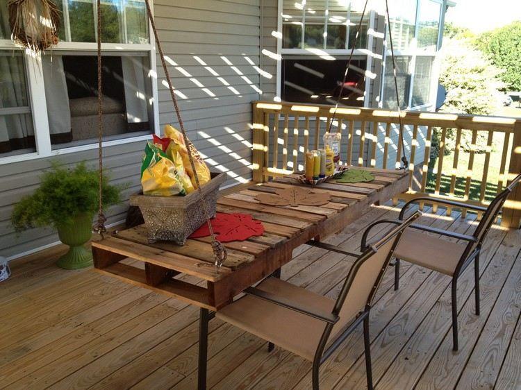 an seilen hängender esstischplatte aus holzpaletten | pallet, Esstisch ideennn