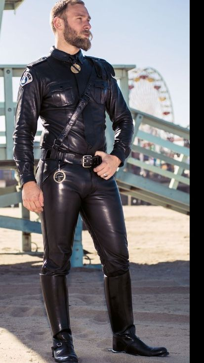 Gay leather fetish