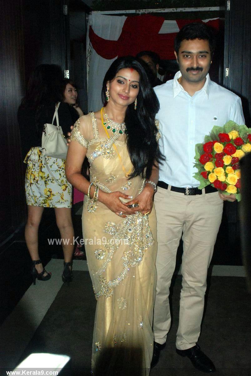 sneha prasanna after wedding photos00-003 - kerala9 | mangalyam