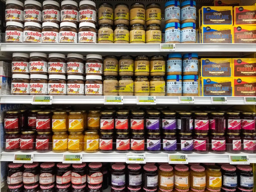10 Things To Know About Iceland Grocery Stores And Supermarkets Supermarket Grocery Grocery Supermarket