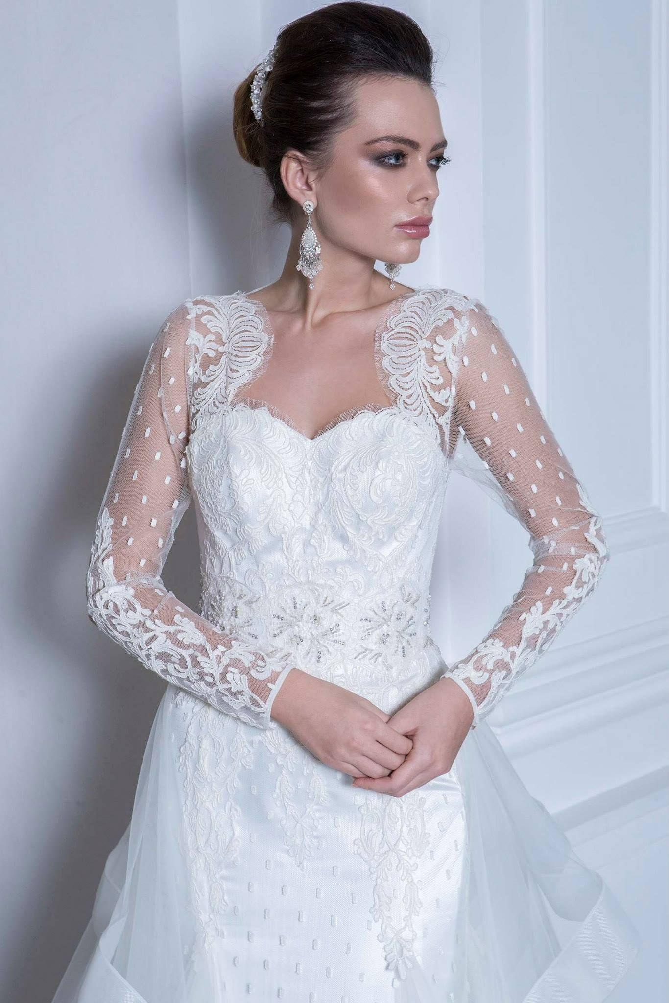 1500 141 Romantique Collection By Andree Salon Photographer