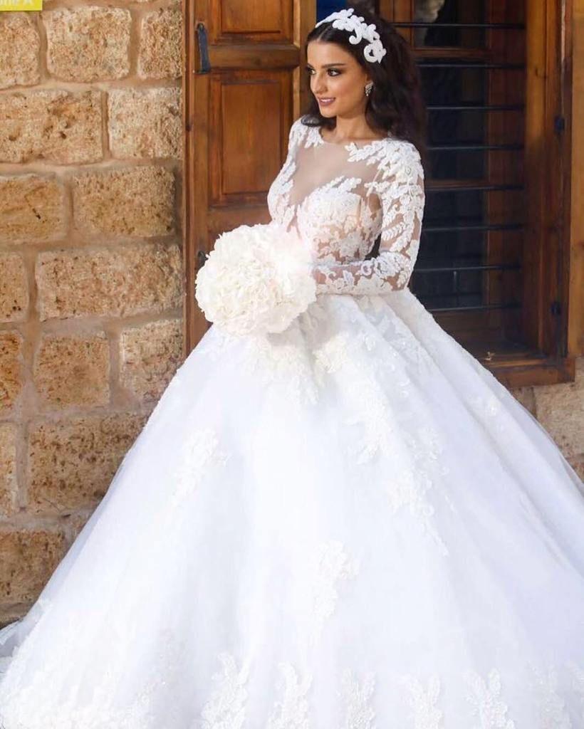 Long sleeve ball gown wedding dresses  Vintage Lace Long Sleeves Ball Gown Wedding Dresses