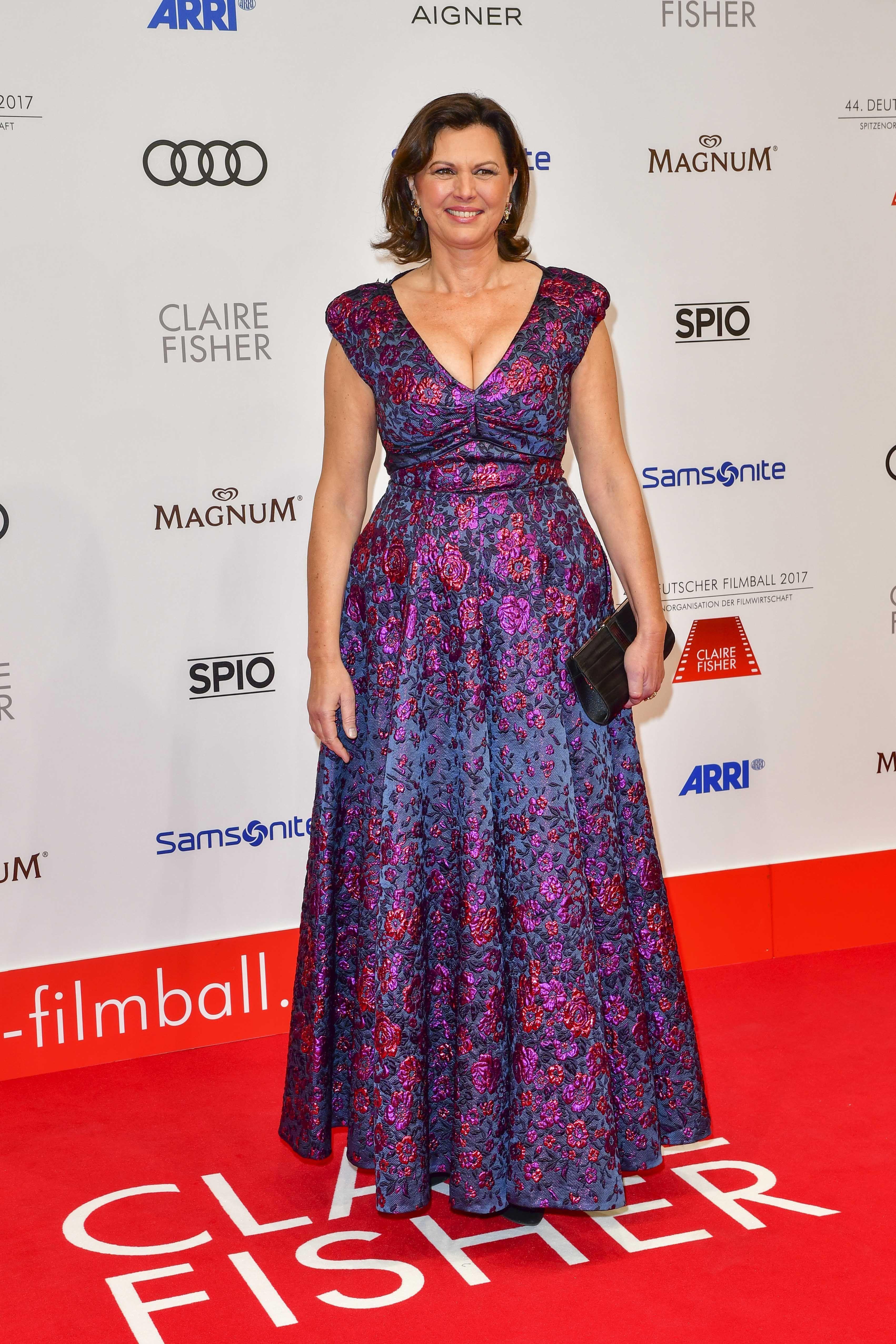 Ilse Aigner | Formal dresses long, Sleeveless formal dress