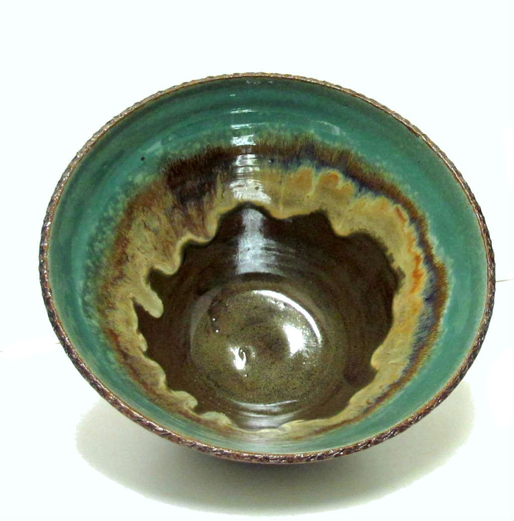 Multi Color Large Serving Bowl Mayco Robins Egg On Top And Coyote Saturated Iron On Bottom Fired In Electric Kiln To Co Ceramic Pottery Pottery Bowls Pottery