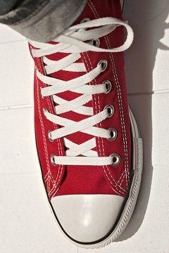 Shoe laces, Black laces, Red converse