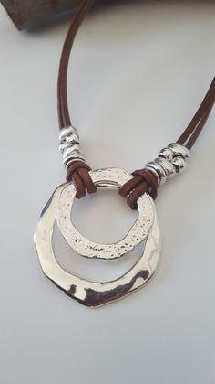Anillo sin fin, anillo en cadena de anillo, collar de declaración, estilo unode50, accesorios, joyería de moda, cadena de cuero, idea de regalo, para ella, boho, hippie