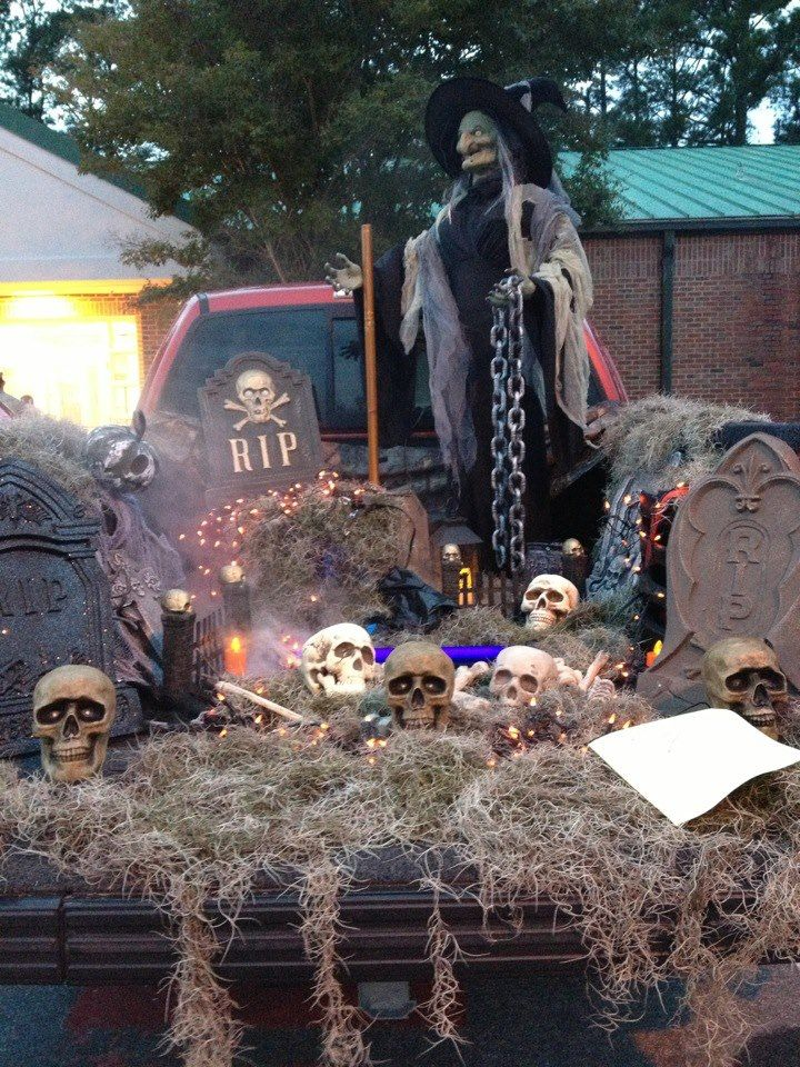Trunk Or Treat Ideas For Pickup Trucks : trunk, treat, ideas, pickup, trucks, Truck, Decorated, Trunk, Treat., Treat,, Halloween, Decorations