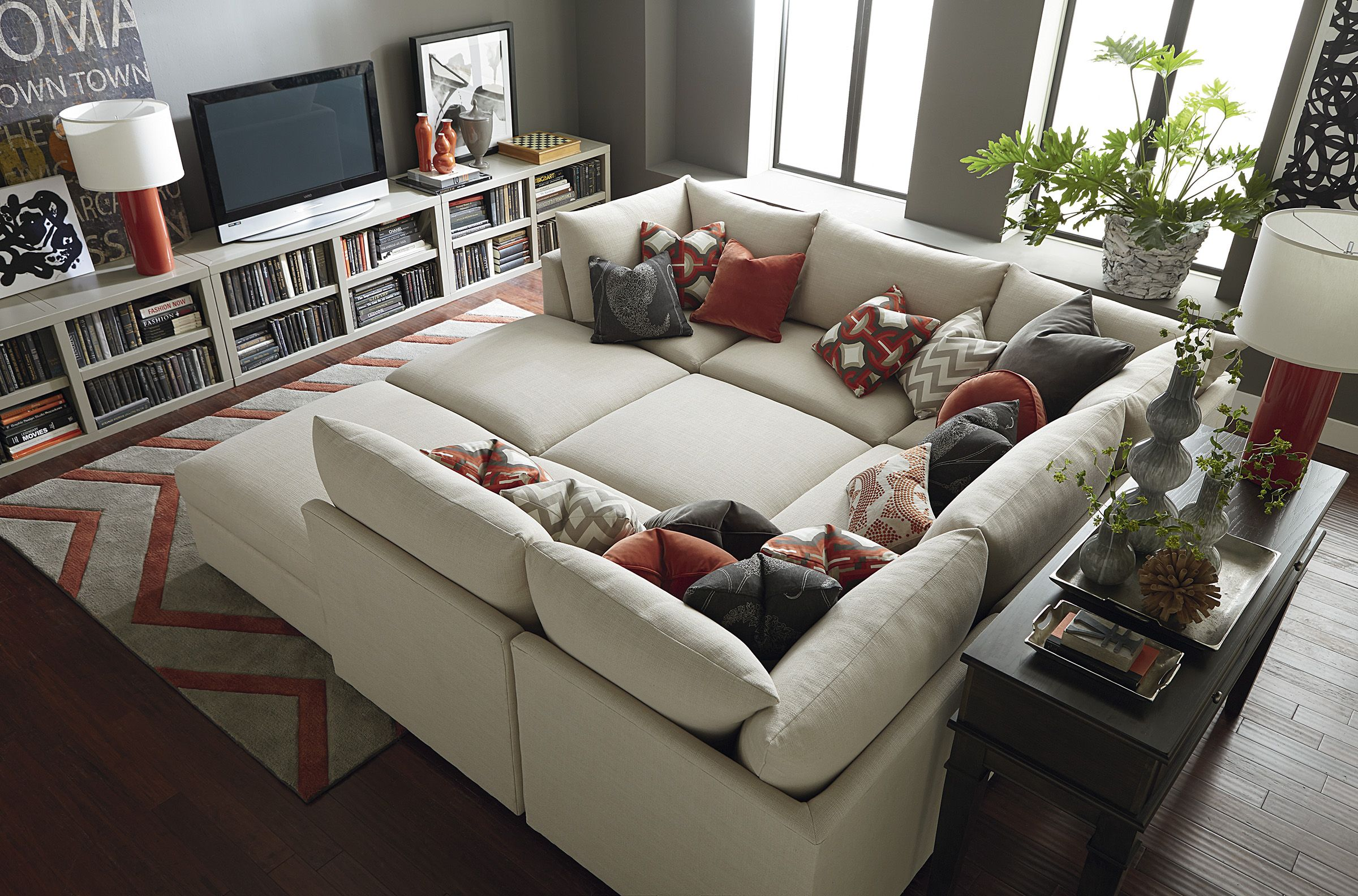 Beckham Pit Sectional By Bassett Furniture Customize Your Sectional With Over 1 000 Fabrics Ikea リビングルーム 自宅で 模様替え