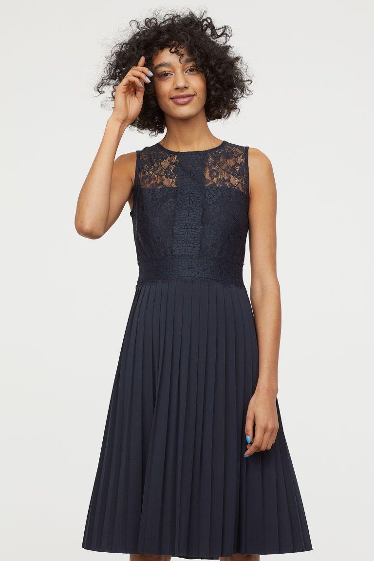 7dc64537da Plisowana sukienka z koronki - Ciemnoniebieski - ONA
