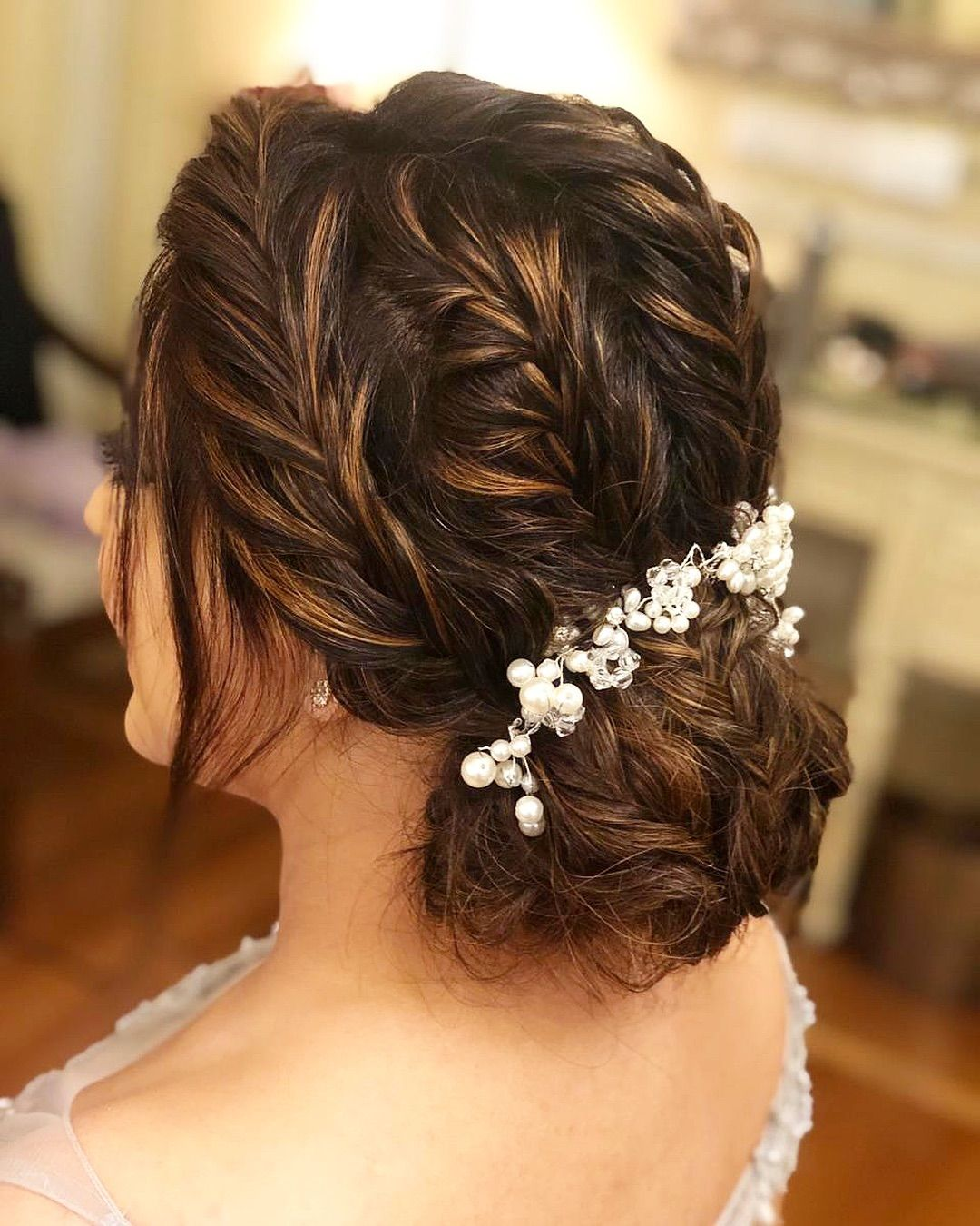 20 Best And Trendy Hairstyle For A Wedding You Ll Love Tikli Bridal Hair Buns Hot Hair Styles Hair Styles