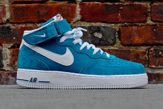nike air force 1 blazer mid retro